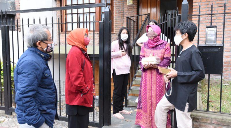 Dubes RI Buenos Aires Mengunjungi Masyarakat Indonesia satu per satu