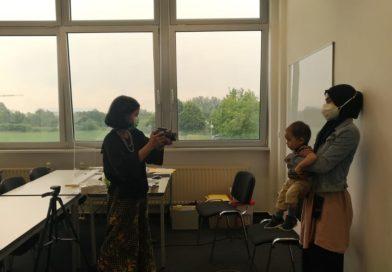 Bayi dan Balita di Dortmund Dapatkan Paspor Indonesia Pertama Kali