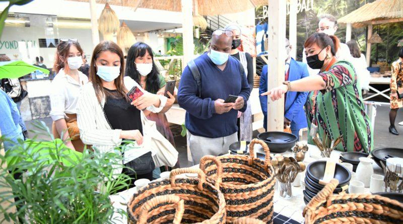 KBRI Paris Dorong Pengusaha Prancis Belanja Produk Kreatif Indonesia di Paris