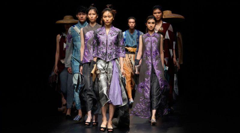 046711300 1521606092 20180320 merek indonesia pamer karya di tokyo fashion week ap 1